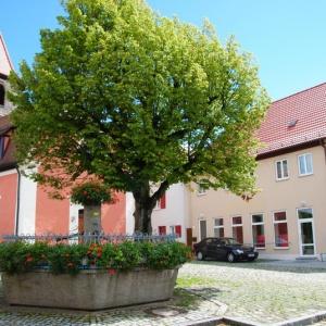Katharinenkirchen mit Marktbrunnen